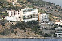 - holiday homes at Capo Nero, near San Remo....- abitazioni per vacanze a Capo Nero, presso S.Remo
