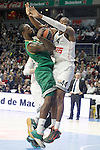 Real Madrid's Marcus Slaughter (r) and Panathinaikos Athens' James Gist during Euroleague match.January 22,2015. (ALTERPHOTOS/Acero)