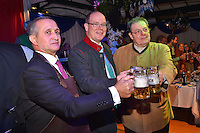"""--- NO TABLOIDS, NO WEB SITE --- De gauche ‡ droite, Stefano Brancato, le directeur de la brasserie du CafÈ de Paris, le Prince Albert II de Monaco et Tonio Arcaini, de la brasserie Weihenstephan, participent ‡ la soirÈe d'ouverture de la 11Ëme Èdition de l'Oktoberfest au CafÈ de Paris le 14 octobre 2016. La SociÈtÈ des Bains de Mer cÈlËbre """"Oktoberfest"""" selon la pure tradition bavaroise, en partenariat avec la brasserie Weihenstephan, biËre munichoise. Les dinners se dÈroulent sous le chapiteau installÈ et†dÈcorÈ pour loccasion du 14 au 23 octobre 2016."""