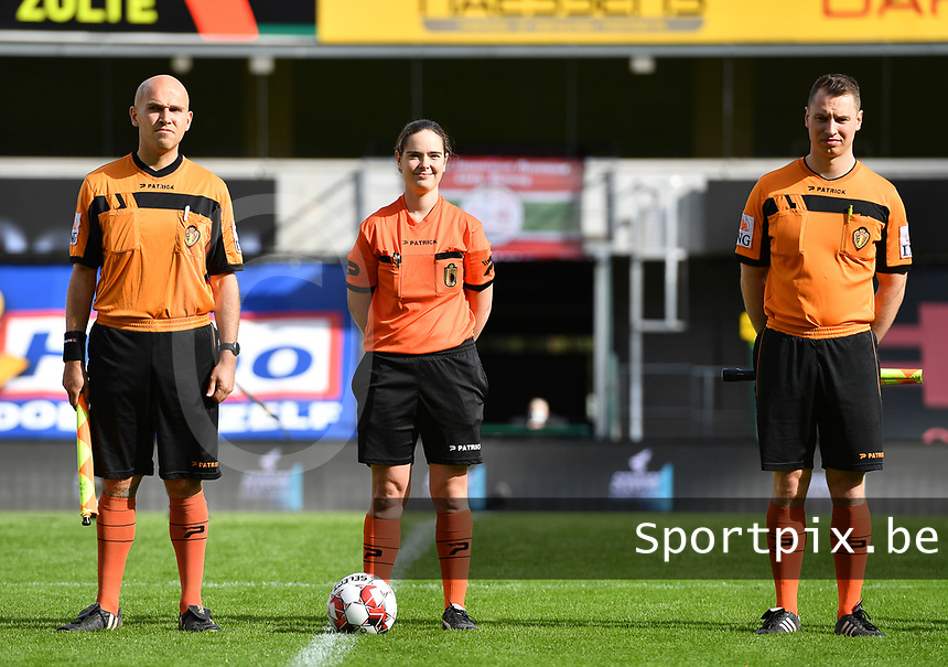 referees Irmgard Van Meirvenne and assistants Tom Verheye and Joachim Vercamer  pictured during a female soccer game between Zulte Waregem and the KAA Gent Ladies on the fourth matchday of the 2020 - 2021 season of Belgian Scooore Womens Super League , saturday 10 October 2020  in Waregem , Belgium . PHOTO SPORTPIX.BE | SPP | DAVID CATRY