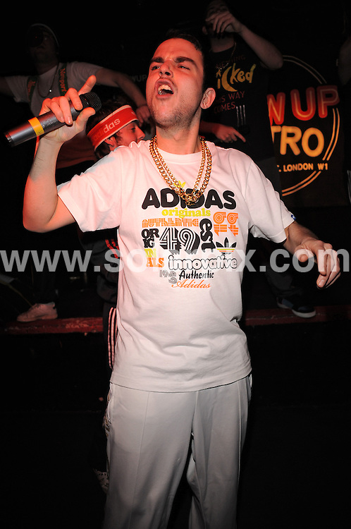 **ALL ROUND PICTURES FROM SOLARPIX.COM**.**WORLDWIDE SYNDICATION RIGHTS**.Goldie Lookin Chain perform live at the Metro, Oxford Street, London.  Wednesday January 14, 2008...This pic: Goldie Lookin Chain..JOB REF: 8236 SSD     DATE: 14_01_2009.**MUST CREDIT SOLARPIX.COM OR DOUBLE FEE WILL BE CHARGED* *ONLINE USAGE FEE £50.00 PER PICTURE - NOTIFICATION OF USAGE TO PHOTO@SOLARPIX.COM*