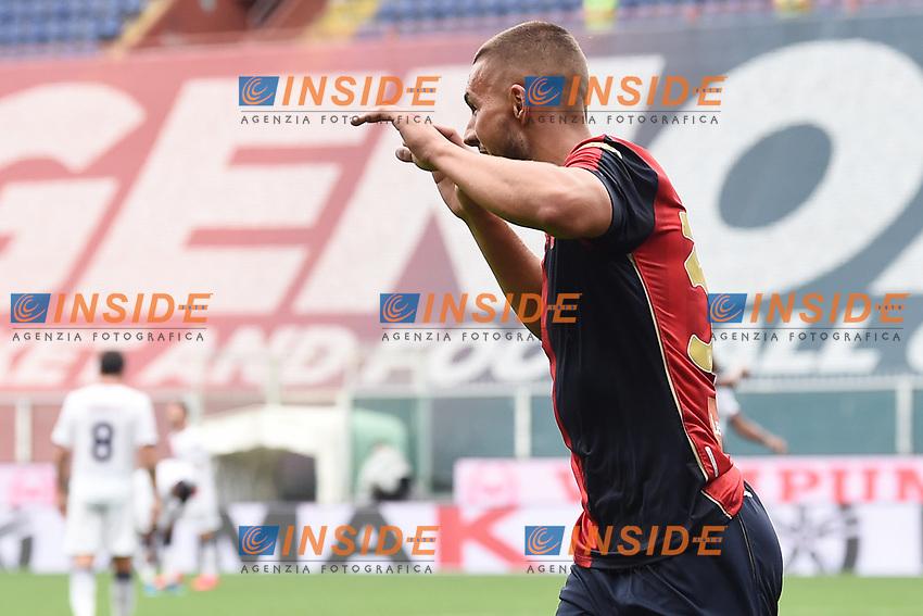 esultanza gol Marko Pjaca <br /> Serie A football match between Genoa CFC and FC Crotone at Marassi Stadium in Genova (Italy), September 20th, 2020. Photo Image Sport / Insidefoto
