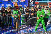 #18: Kyle Busch, Joe Gibbs Racing, Toyota Camry Interstate Batteries victory lane champagne