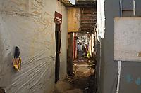 Recife (PE), 07/11/2019 - De acordo com a Sintese de Indicadores Sociais (SIS) 2019, divulgada na ultima quarta (6), no Rio de Janeiro, pelo Instituto Brasileiro de Geografia e Estatistica (IBGE), que estuda e analisa as condicoes de vida da populacao brasileira. Na comunidade do Pilar no bairro do Recife soma-se mais de 10% da populacao de Pernambuco que vive em extrema pobreza. O estado de Pernambuco possui populacao total aproximada de 9,4 milhoes de habitantes, os mais ricos ganham ate 1.500 por cento a mais que os mais pobres, 40 por cento das pessoas ocupadas mais pobres vivem com um rendimento de apenas R$ 18 por dia. (Foto: Pedro De Paula/Codigo 19/Codigo 19)