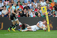 James Short of Exeter Chiefs scores a try during the Aviva Premiership match between Harlequins and Exeter Chiefs at The Twickenham Stoop on Saturday 7th May 2016 (Photo: Rob Munro/Stewart Communications)