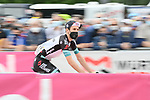 Simon Yates (GBR) Team BikeExchange arrives at sign on before the start of Stage 6 of the 2021 Giro d'Italia, running 160km from Grotte di Frasassi to Ascoli Piceno (San Giacomo), Italy. 13th May 2021.  <br /> Picture: LaPresse/Gian Mattia D'Alberto | Cyclefile<br /> <br /> All photos usage must carry mandatory copyright credit (© Cyclefile | LaPresse/Gian Mattia D'Alberto)