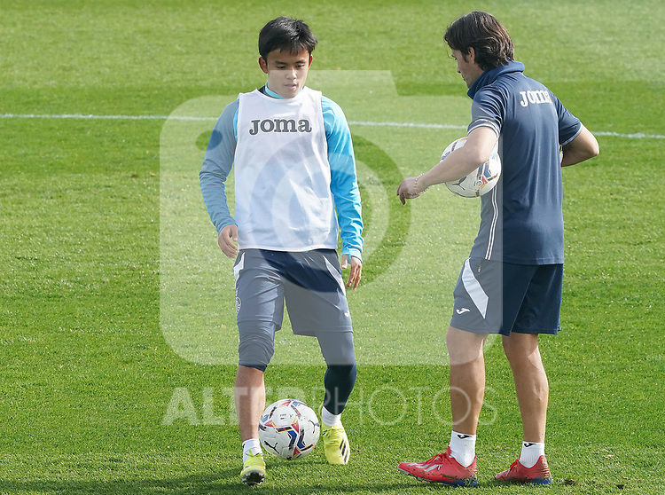 Getafe CF's Take Kubo with second coach Javier Vidal during training session. February 17, 2021.(ALTERPHOTOS/Acero)