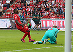 18.08.2019, Stadion an der Wuhlheide, Berlin, GER, 1.FBL, 1.FC UNION BERLIN  VS. RB Leibzig, <br /> DFL  regulations prohibit any use of photographs as image sequences and/or quasi-video<br /> im Bild Anthony Ujah (1.FC Union Berlin #11), Peter Gulacsi (RB Leipzig #1)<br /> <br />      <br /> Foto © nordphoto / Engler
