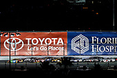 2017 Monster Energy NASCAR Cup - Can-Am Duels<br /> Daytona International Speedway, Daytona Beach, FL USA<br /> Thursday 23 February 2017<br /> Kyle Busch, M&M's Toyota Camry leads the restart<br /> World Copyright: Michael L. Levitt/LAT Images<br /> ref: Digital Image levitt-0217-D500_18968