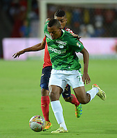 MEDELLÍN -COLOMBIA-11-04-2015. Harold Preciado jugador de Deportivo Cali durante partido con Independiente Medellin por la fecha 15 de la Liga Águila I 2015 jugado en el estadio Atanasio Girardot de la ciudad de Medellín./ Harold Preciado player of Deportivo Cali during the match against Independiente Medellin for the  15th date of the Aguila League I 2015 at Atanasio Girardot stadium in Medellin city. Photo: VizzorImage/León Monsalve/STR