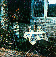 A romantic dinner on the patio. Open the wine and have a good time with good wine, good food and your best friend.<br />