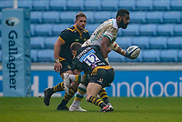 6th February 2021; Ricoh Arena, Coventry, West Midlands, England; English Premiership Rugby, Wasps versus Northampton Saints; Taqele Naiyaravoro of Northampton Saints hands the ball off whilst being tackled by Jimmy Gopperth of Wasps