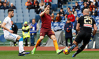 Roma's Stephan El Shaarawy, center, is challenged by Napoli's Elseid Hysaj, left, and goalkeeper Pepe Reina during the Italian Serie A football match between Roma and Napoli at Rome's Olympic stadium, 4 March 2017. <br /> UPDATE IMAGES PRESS/Riccardo De Luca