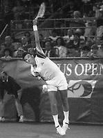 Jimmy Connors 1983.  Photo ©Neil Schneider/PHOTOlink