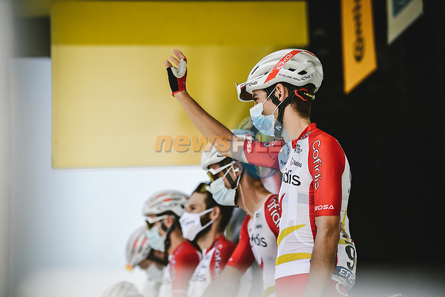Guillaume Martin (FRA) and Cofidis at sign on before Stage 15 of the 2021 Tour de France, running 191.3km from Ceret to Andorre-La-Vieille, France. 11th July 2021.  <br /> Picture: A.S.O./Pauline Ballet   Cyclefile<br /> <br /> All photos usage must carry mandatory copyright credit (© Cyclefile   A.S.O./Pauline Ballet)