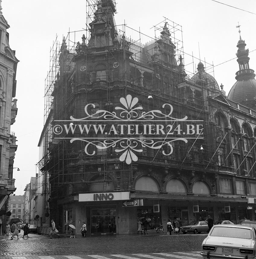 Oktober 1976. Inno op de Meir in Antwerpen.