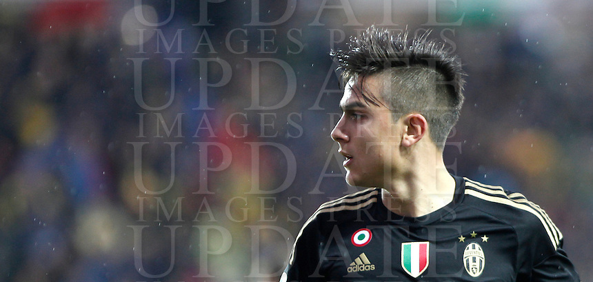 Calcio, Serie A: Frosinone vs Juventus. Frosinone, stadio Comunale, 7 febbraio 2016.<br /> Juventus' Paulo Dybala in action during the Italian Serie A football match between Frosinone and Juventus at Frosinone's Comunale stadium, 7 January 2016.<br /> UPDATE IMAGES PRESS/Isabella Bonotto