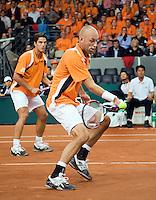 20-9-08, Netherlands, Apeldoorn, Tennis, Daviscup NL-Zuid Korea, Dubbles match: Jesse Huta Galung and Peter Wessels