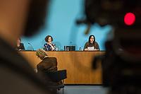 Senatspressekonferenz in Berlin am Dienstag den 17. Maerz 2020.<br /> Auf der Pressekonferenz erlaeuterten die Senatorin fuer Wirtschaft, Energie und Betriebe, Ramona Pop (Buendnis 90/Die Gruenen) (links im Bild) und die Senatorin fuer Gesundheit, Pflege und Gleichstellung, Dilek Kalayci (SPD) (rechts im Bild) die aktuellen Beschluesse des Senats zur Corona-Krise.<br /> 17.3.2020, Berlin<br /> Copyright: Christian-Ditsch.de<br /> [NUR FUER REDAKTIONELLE ZWECKE! Werbung nur auf Anfrage beim Fotografen. Inhaltsveraendernde Manipulation des Fotos nur nach ausdruecklicher Genehmigung des Fotografen. Vereinbarungen ueber Abtretung von Persoenlichkeitsrechten/Model Release der abgebildeten Person/Personen liegen nicht vor. NO MODEL RELEASE! Don't publish without copyright Christian-Ditsch.de, Veroeffentlichung nur mit Fotografennennung, sowie gegen Honorar, MwSt. und Beleg. Konto: I N G - D i B a, IBAN DE58500105175400192269, BIC INGDDEFFXXX, Kontakt: post@christian-ditsch.de<br /> Bei der Bearbeitung der Dateiinformationen darf die Urheberkennzeichnung in den EXIF- und  IPTC-Daten nicht entfernt werden, diese sind in digitalen Medien nach §95c UrhG rechtlich geschuetzt. Der Urhebervermerk wird gemaess §13 UrhG verlangt.]