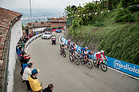 dropped group up the 15% climb in Guarene, 15 kilometers from the finish <br /> <br /> 104th Giro d'Italia 2021 (2.UWT)<br /> Stage 3 from Biella to Canale (190km)<br /> <br /> ©kramon