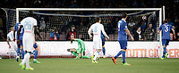 Calcio, Serie A: Napoli, stadio San Paolo, 2 aprile, 2017.<br /> Napoli's Marek Hamsik (l) scores during the Italian Serie A football match between Napoli and Juventus ... at San Paolo stadium, April 2, 2017<br /> UPDATE IMAGES PRESS/Isabella Bonotto