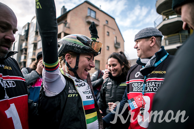 World Champion Annemiek Van Vleuten (NED/Mitchelton Scott) finishes solo and wins the 12th Women's Omloop Het Nieuwsblad 2020 (BEL)<br /> Women's Elite Race <br /> Gent – Ninove: 123km<br /> <br /> ©kramon