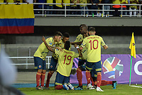 PEREIRA - COLOMBIA, 18-01-2020: Jugadores de Colombia celebran después de anotar el primer gol de su equipo durante partido entre Colombia y Argentina por la fecha 1, grupo A, del CONMEBOL Preolímpico Colombia 2020 jugado en el estadio Hernán Ramírez Villegas de Pereira, Colombia. /  Players of Colombia celebrate after scoring the first goal of their team during the match between Colombia and Argentina for the date 1, group A, for the CONMEBOL Pre-Olympic Tournament Colombia 2020 played at Hernan Ramirez Villegas stadium in Pereira, Colombia. Photo: VizzorImage / Mauricio Ortiz / Cont