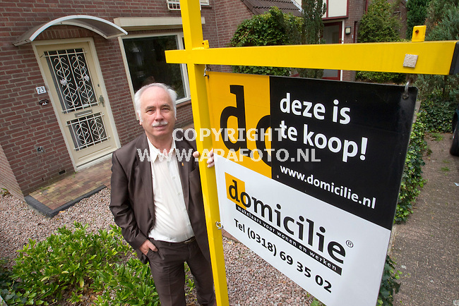 Ede 160711 Hans Kregting voorzitter huurdersbond Ede e.o.<br /> Foto frans Ypma APA-foto