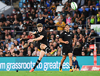 2nd October 2021, Cbus Super Stadium, Gold Coast, Queensland, Australia;   Jordie Barrett kicks a penalty. New Zealand All Blacks versus South Africa Springboks.The Rugby Championship. Rugby Union test match.