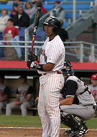 August 22, 2003:  Catcher Luis Alen of the Jamestown Jammers, Class-A affiliate of the Florida Marlins, during a NY-Penn League game at Russell Diethrick Park in Jamestown, NY.  Photo by:  Mike Janes/Four Seam Images