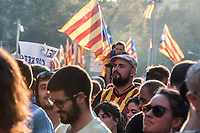 Trade Unionists and pro Independence activists gather in the streets at the end of a general strike called in defence of the referendum and agains the police repression. Barcelona 3-10-17