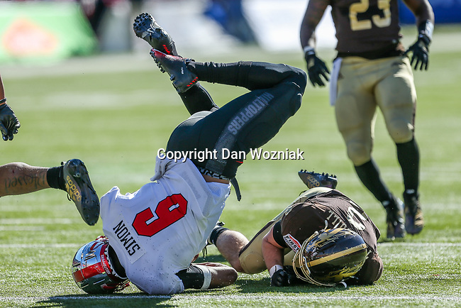 Western Kentucky Hilltoppers tight end Joshua Simon (6) in action during the Servpro First Responder Bowl game between Western Michigan Broncos and the Western Kentucky Hilltoppers at the gerald Ford Stadiuml Stadium in Dallas, Texas.