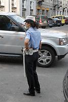 - Milan, local Police in Padova street....- Milano, Polizia Locale in via Padova