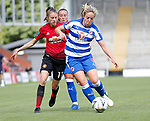 Lizzie Arnot of Manchester United Women and Gemma Davidson of Reading