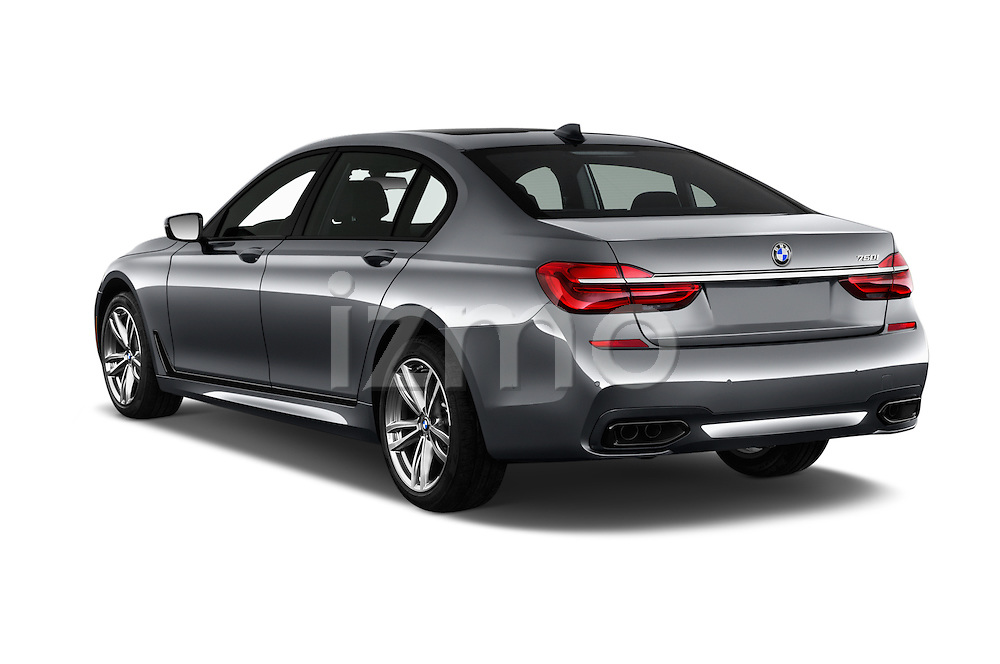 Car pictures of rear three quarter view of 2016 BMW 7 Series M Sport 4 Door Sedan Angular Rear
