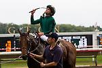 Ramon rejoices in his victory of the Arlington Million on Gio Ponti