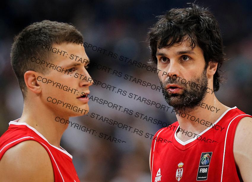 Kosarka FIBA Olympic Basketball Qualifying Tournament<br /> Angola v Serbia<br /> Nemanja Nedovic (L) and Milos Teodosic<br /> Beograd, 06.07.2016.<br /> foto: Srdjan Stevanovic/Starsportphoto©