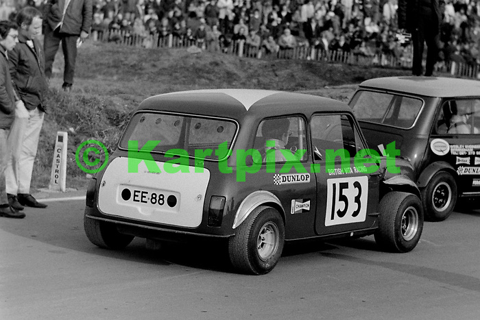 Geoff Wood, British Vita Racing March 1971, Mallory Park.