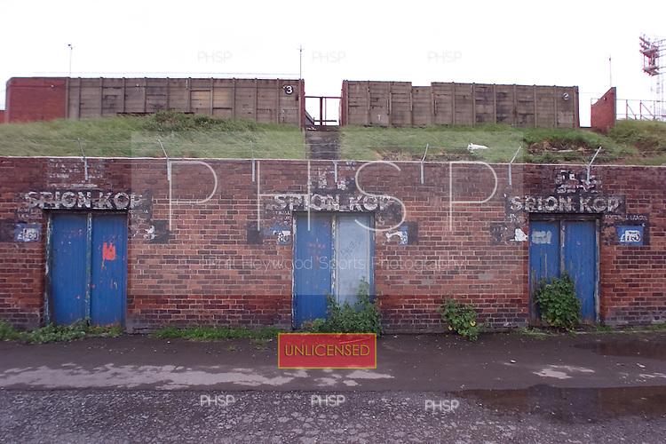 23/06/2000 Blackpool FC Bloomfield Road Ground..Spion Kop (Home) entrance gates.....© Phill Heywood.