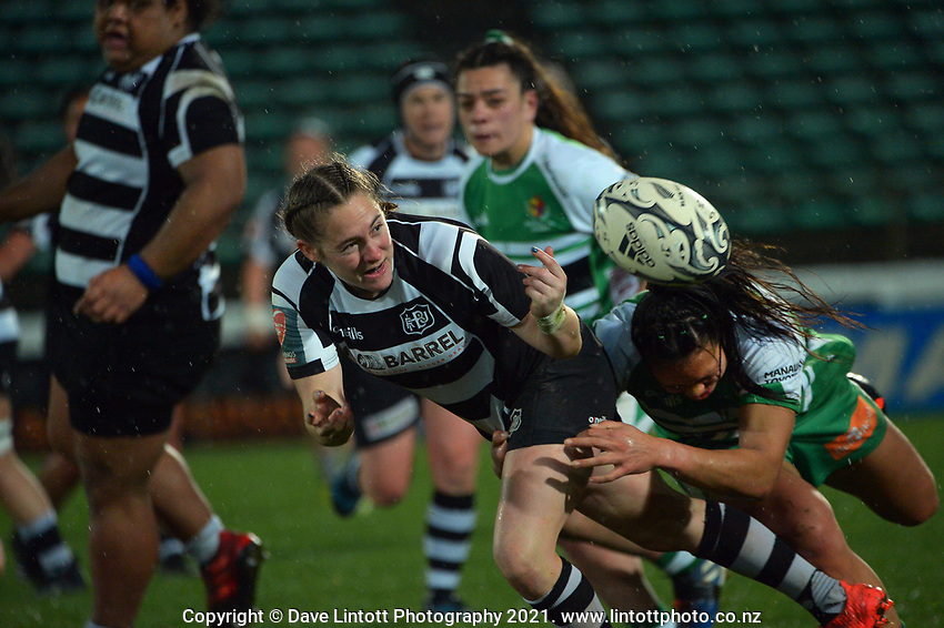 Hawkes Bay's Krysten Cottrell gets a pass away during the 2021 Farah Palmer Cup women's rugby match between Manawatu Cyclones and Hawkes Bay Tuis at CET Stadium in Palmerston North, New Zealand on Friday, 6 August 2021 Photo: Dave Lintott / lintottphoto.co.nz