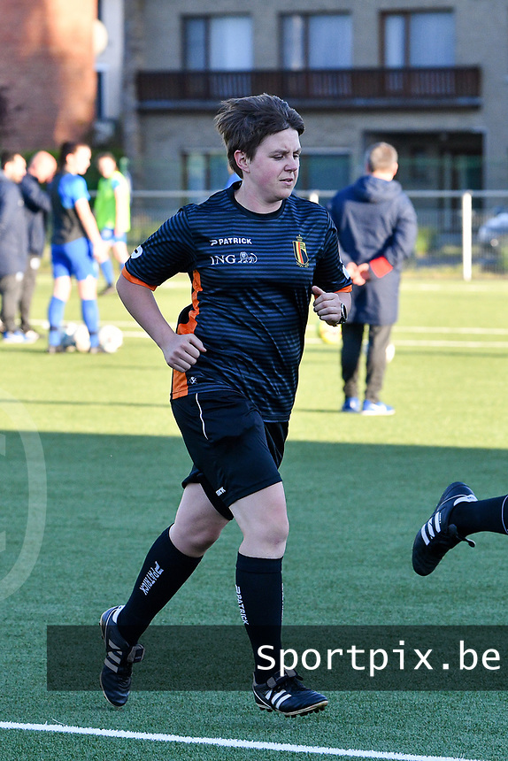referee Sylvie Deckers warming up before  a female soccer game between  Racing Genk Ladies and White Star Woluwe on the 8 th matchday of play off 2 in the 2020 - 2021 season of Belgian Scooore Womens Super League , tuesday 18 th of May 2021  in Genk , Belgium . PHOTO SPORTPIX.BE   SPP   JILL DELSAUX