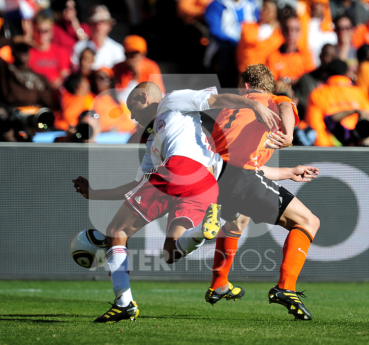 15 Simon POULSEN during the 2010 World Cup Soccer match between Denmark and Nederland played at Soccer City Stadium in Johannesburg South Africa on 14 June 2010.