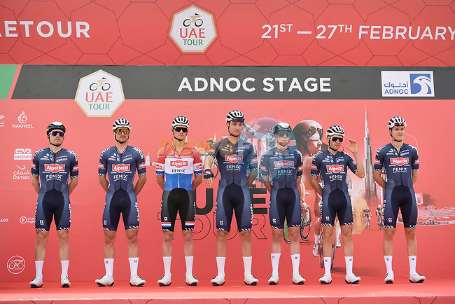 Alpecin-Fenix at sign on before the start of Stage 1 of the 2021 UAE Tour the ADNOC Stage running 176km from Al Dhafra Castle to Al Mirfa, Abu Dhabi, UAE. 21st February 2021.  <br /> Picture: LaPresse/Fabio Ferrari | Cyclefile<br /> <br /> All photos usage must carry mandatory copyright credit (© Cyclefile | LaPresse/Fabio Ferrari)