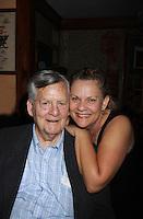 08-27-11 Kim Zimmer & family - kids Jake, Rachel, Max, dad Jack, sis Karen - Sunset Blvd