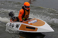 34-W (outboard runabout)