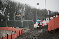 Kevin Pauwels (BEL/Marlux-Napoleon Games) stopping for a moment at recon to assess the slope<br /> <br /> Grand Prix Adrie van der Poel, Hoogerheide 2016<br /> UCI CX World Cup