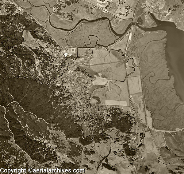 historical aerial photo map of Corte Madera and Larkspur, Marin County, California, 1946