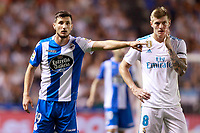 Deportivo de la Coruna's Borja Valle (l) and Real Madrid's Toni Kroos during La Liga match. August 20,2017.  *** Local Caption *** © pixathlon