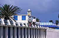 Afrique/Maghreb/Maroc/El-Jadida : Front de mer - Détail cabines de la plage le Deauville tunisien en mémoire à Lyautey