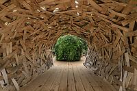 """France, Domaine de Chaumont-sur-Loire, Festival International des Jardins 2018 sur le thème """"Jardins de la pensée"""", jardin """"le voyage intérieur"""","""